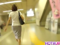 Hot MILF Gets Her Pantyhose Pulled Down To Fuck On A Train